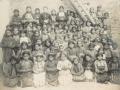 Elèves de l'école des missionnaires à xxx, 1904 (auteur : Frère Raphaël, missionnaire capucin)